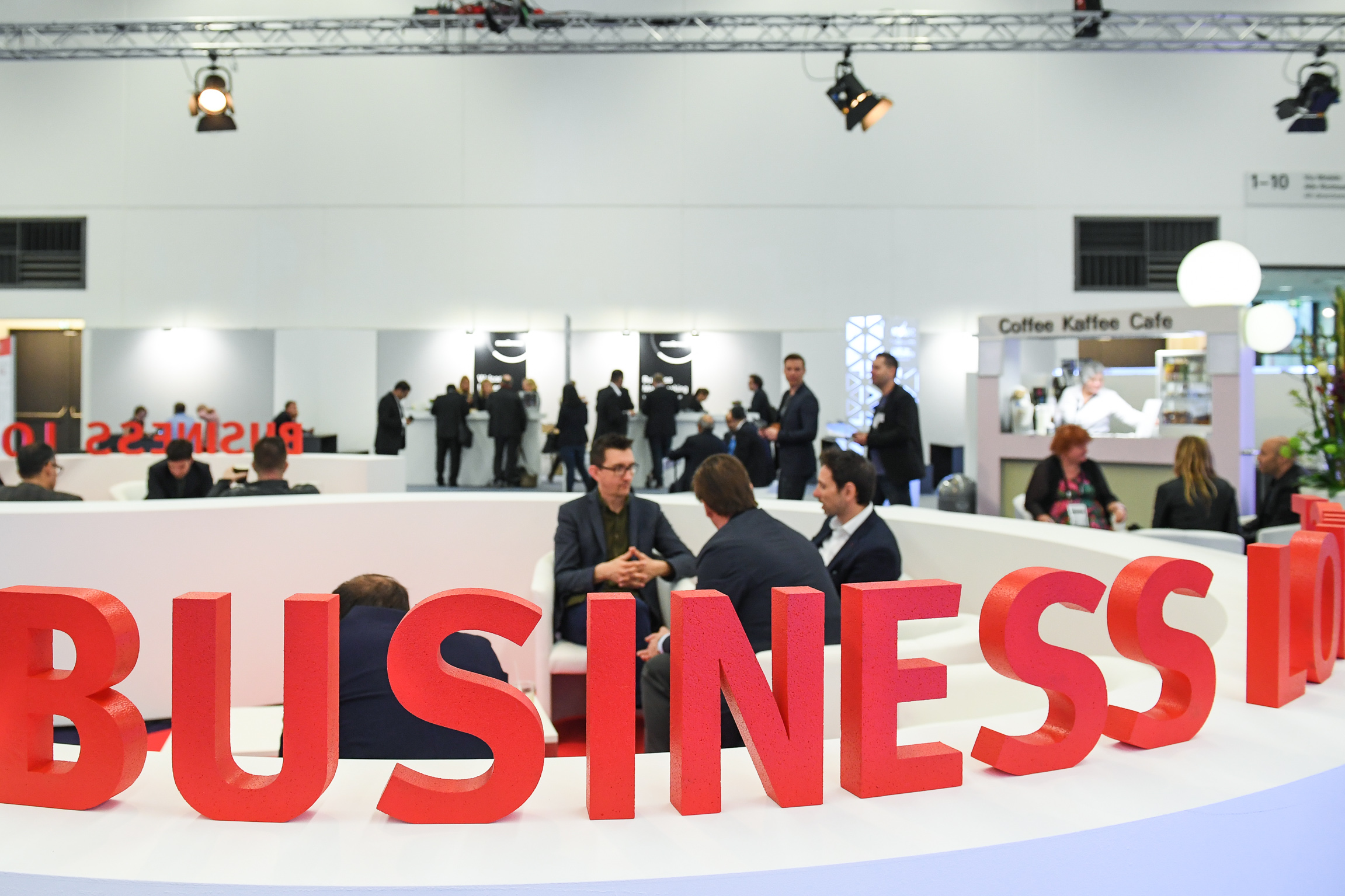 Business conversation at a trade fair