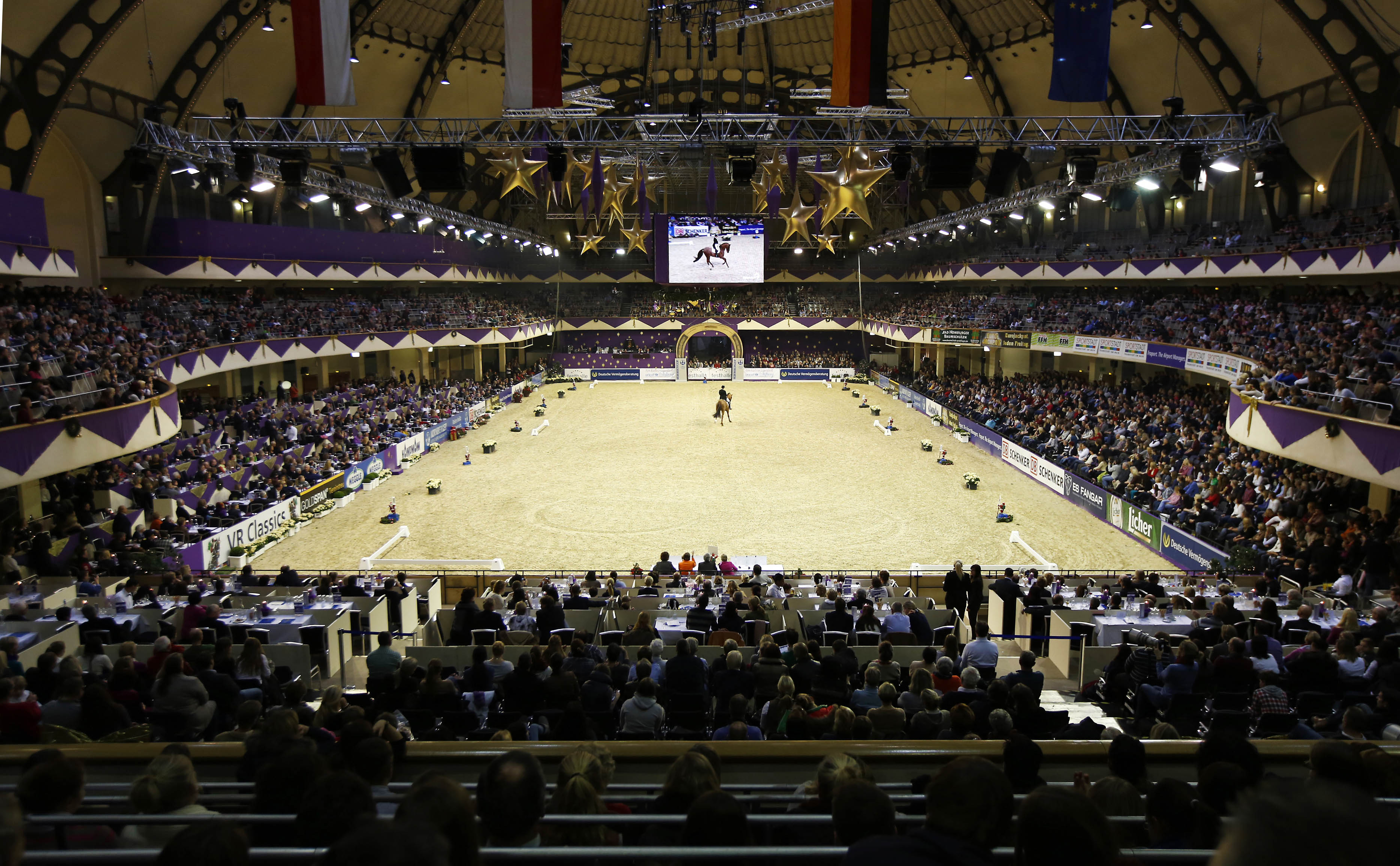 Festhalle - Horse riding contest