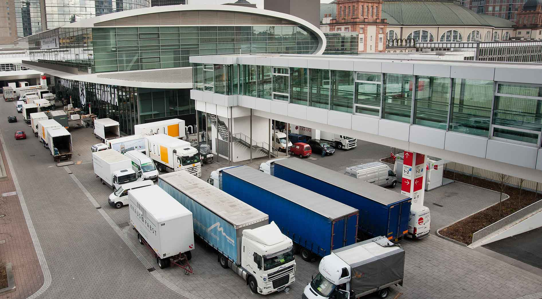 Logistics Service & Traffic Management – just-in-time at the right stand
